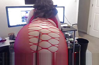 Show Off my 60 Inch Ass BBW GODDESS